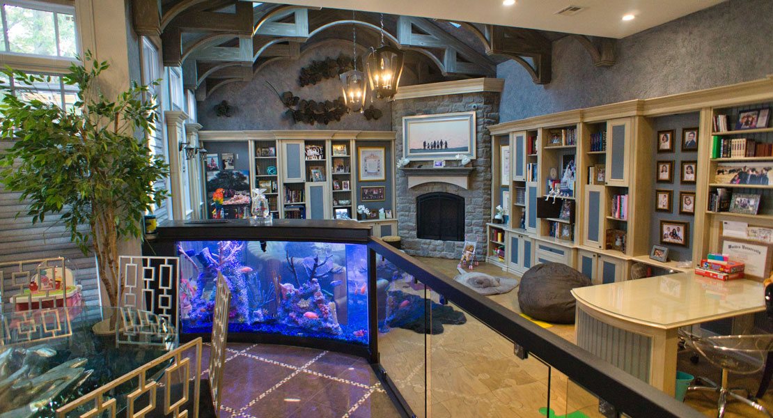 Long view of the built-in bannister aquarium